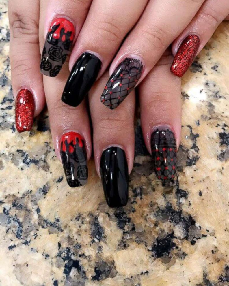 This Woman Doesnt Mess Around With Her Halloween Nail Art