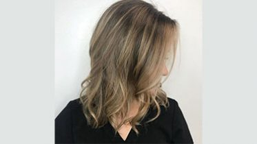 32 Perfect Midlength Hairstyles That'll Make the Most of Fine Hair
