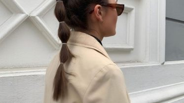 The Latest Hair Trend? The Bubble Ponytail Is Back